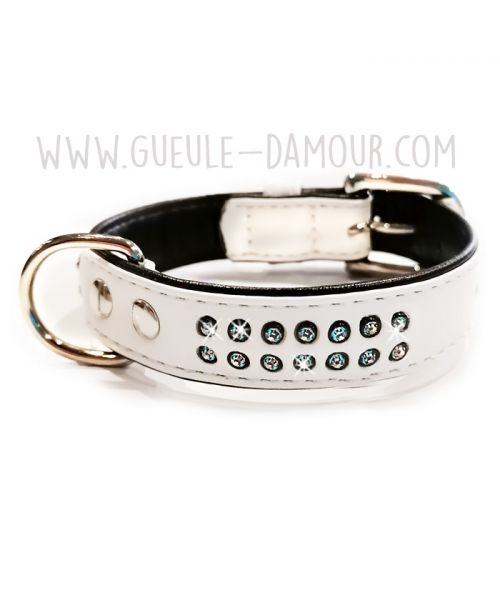 white collar with rhinestones for dog