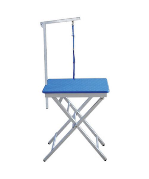 Table grooming with Electric - Blue